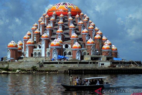 Gubernur Sulsel berharap Masjid 99 Kubah digunakan Ramadhan