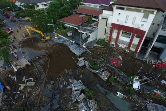 Polisi tetapkan dua tersangka kasus amblesnya Jalan Gubeng