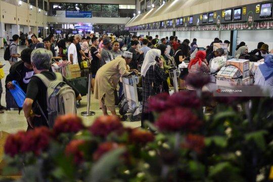 Menyambut kesiapan Lebaran di Bandara Juanda Surabaya