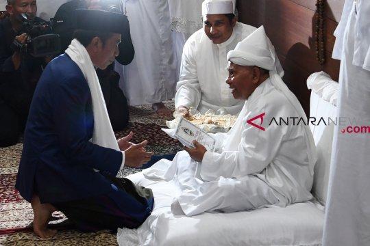 Presiden Joko Widodo bertemu Tuan Guru Babussalam