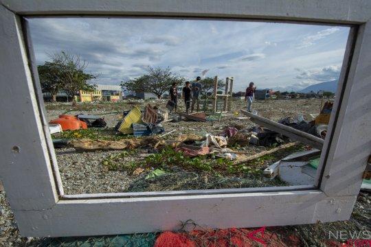 Seni Instalasi Artefak Tsunami