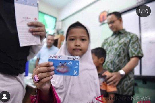 805.015 Siswa ibu kota Jakarta terima KJP Plus
