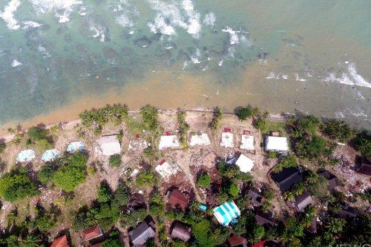 Penyintas bertutur cara bertahan dari tsunami Selat Sunda