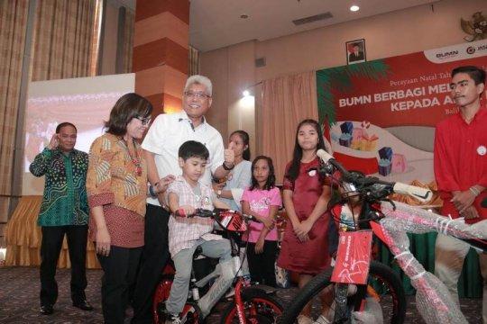 Dua BUMN salurkan donasi kepada 500 anak yatim