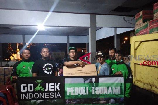 Gojek Salurkan Bantuan Korban Tsunami Selat Sunda