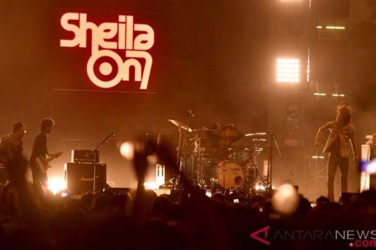 Kemarin, IG Live untuk empat orang hingga teater dari lagu Sheila on 7