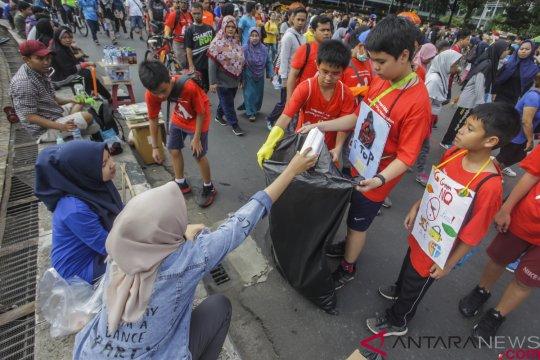 Aksi Kurangi Limbah Sampah Plastik