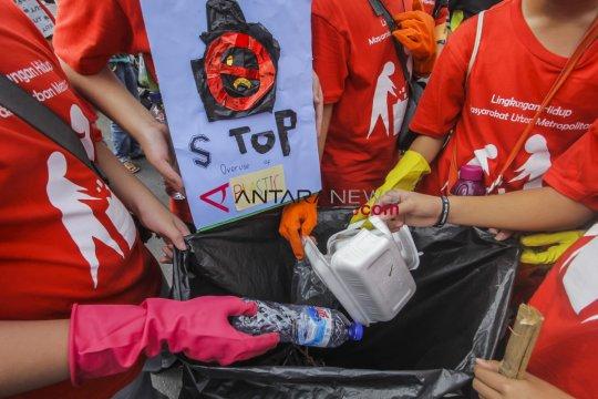 Pengunjung dukung larangan kantong plastik