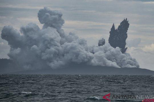 Gunung Anak Krakatau alami 15 kali letusan