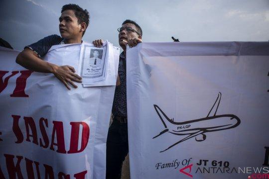 Tuntutan Keluarga Korban Jatuhnya Lion Air JT 610