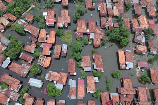 Banjir Luapan Sungai Batanghari di Jambi