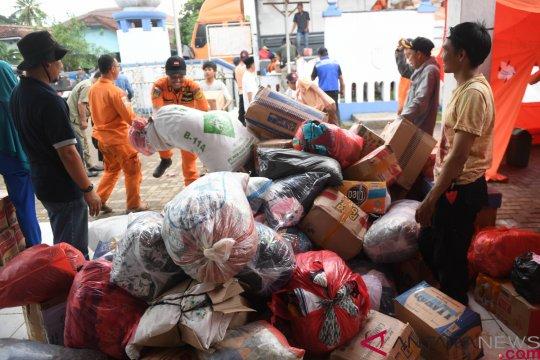 Dapur umum mandiri layani korban tsunami yang masih di pengungsian