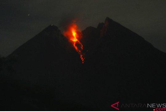 Guguran Lava Pijar Gunung Merapi