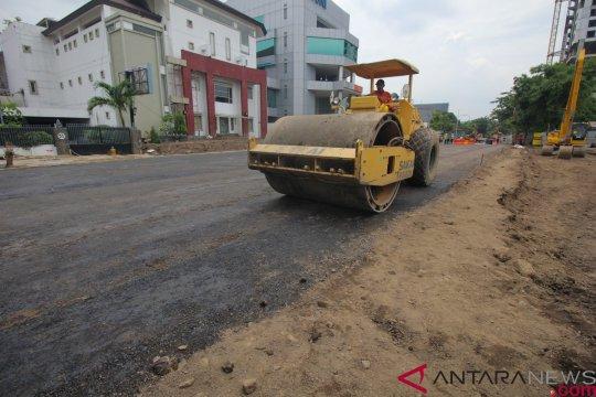 Perbaikan Pascaambles Jalan Raya Gubeng