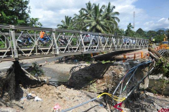 Jembatan Panel Mulai Digunakan
