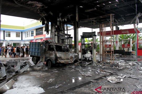 Kebakaran SPBU di Makassar