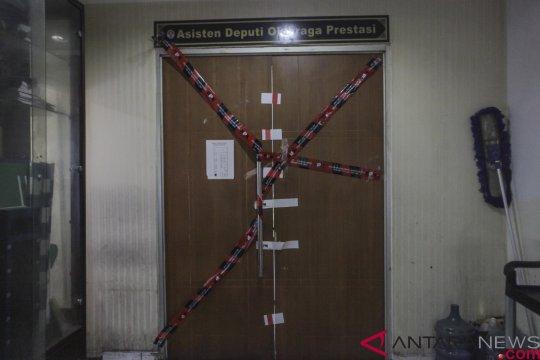 KPK Segel Ruangan Pejabat Kemenpora