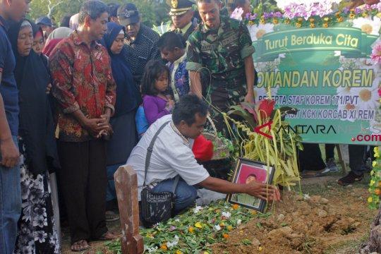 Pemakaman Korban Penembakan KKSB