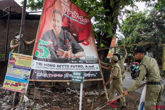 Penertiban Alat Peraga Kampanye
