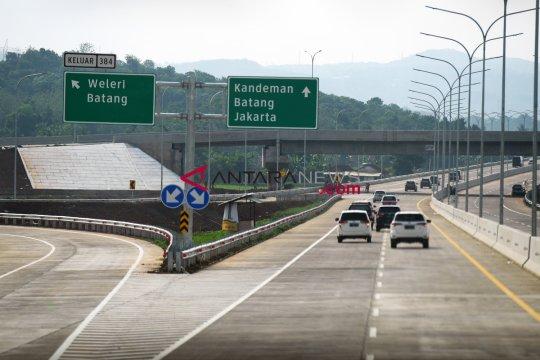 Menanti terhubungnya jalan tol Trans-Jawa