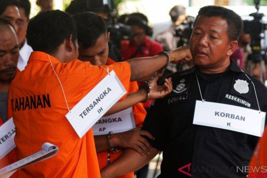 Rekonstruksi Pengeroyokan Anggota TNI