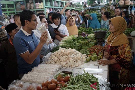 Sandi Dialog Dengan Pedagang Pasar Di Cilacap