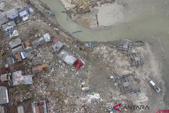 Nelayan lihat  gelombang tsunami 15 meter hancurkan permukiman