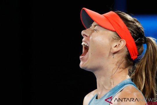 Permainan agresif Sharapova singkirkan juara bertahan Wozniacki