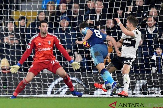 Tottenham unghuli Fulham 2-1