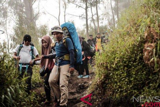 Kemenpar imbau wisatawan lebih berhati-hati saat mendaki