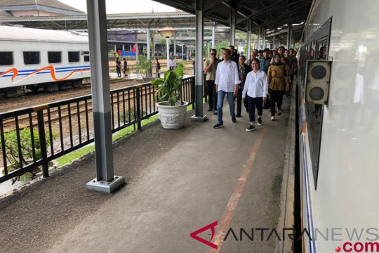 Presiden berkereta ke Garut tinjau reaktivasi jalur kereta api