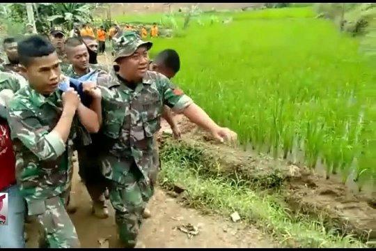 BNPB dan Pemprov Jabar fokus pencarian korban longsor