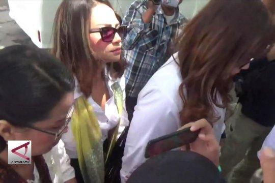 Polisi tahan Vanessa terkait kasus prostitusi online