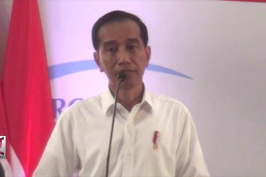Presiden serahkan Bansos PKH di Garut