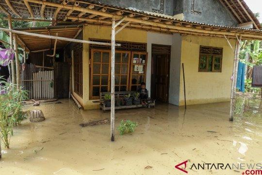 Sebagian Jateng disebut BMKG berpotensi hujan disertai angin kencang