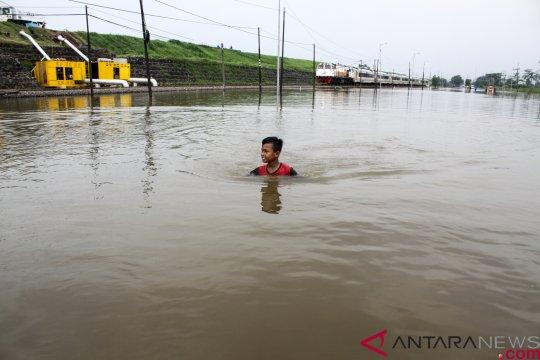 Banjir jalan raya Porong