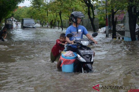 Hujan deras, Makassar terendam banjir