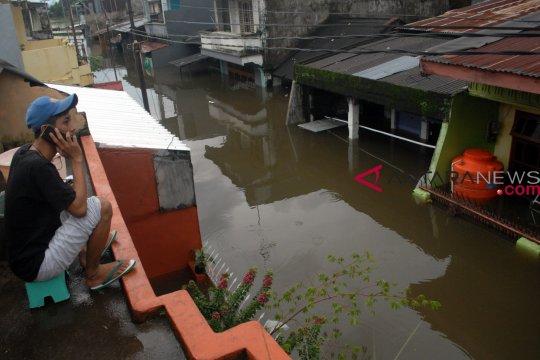 Pasokan listrik Sulawesi Selatan sudah 80 persen pulih pasca-banjir