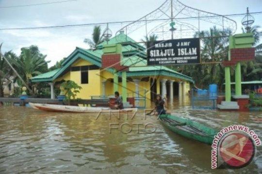 Curah hujan tinggi, ratusan rumah di Kabupaten Sanggau-Kalbar terendam banjir