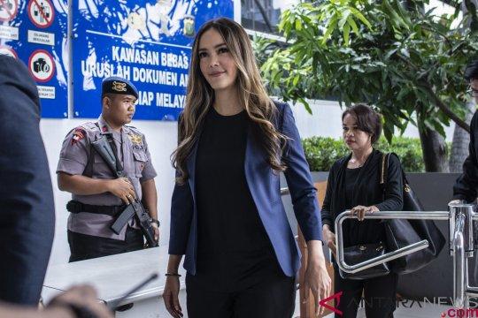 Namanya dicatut prostitusi daring, Chaty Sharon lapor polisi