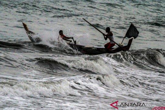 Peringatan dini cuaca buruk diinformasikan BPBD Lebak-Banten