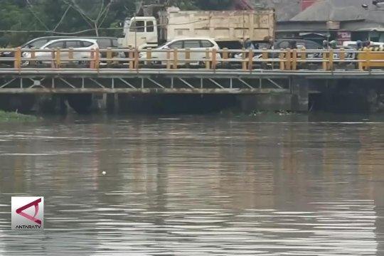 Kali Porong akan tampung genangan kota Surabaya