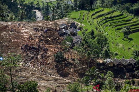 725 kali bencana telah melanda Kabupaten Sukabumi selama 2018