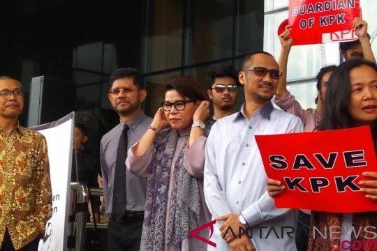 Abraham Samad minta kasus penyerangan Novel Baswedan diungkap