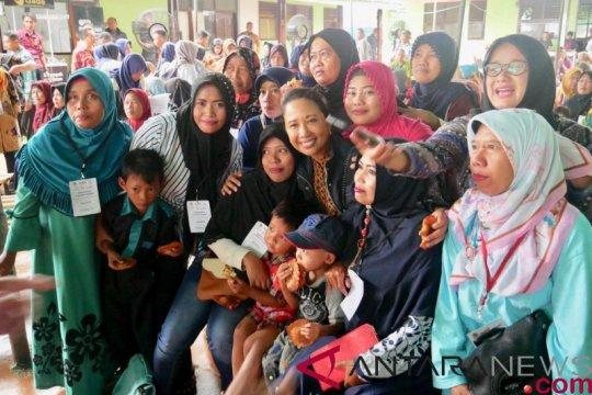 Menteri BUMN motivasi nasabah Mekaar Bekasi