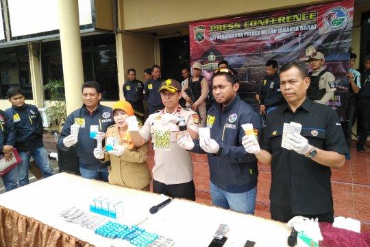 Polisi ungkap gudang narkoba di sekolahan kawasan Kembangan