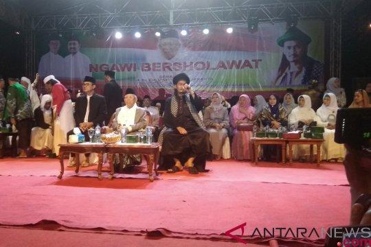 KH Ma'ruf Amin disambut Mafia Sholawat di Ngawi