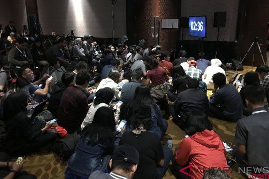 Ratusan wartawan nonton bareng debat capres di Hotel Bidakara