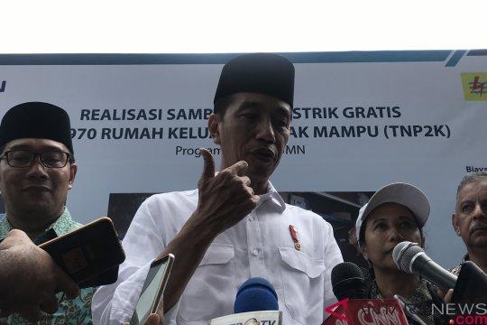 Presiden blusukan di Garut pastikan penyambungan listrik gratis masyarakat terealisasi