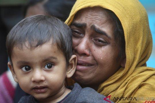 Dua perempuan Rohingya termasuk ibu hamil tewas diserbu  militer